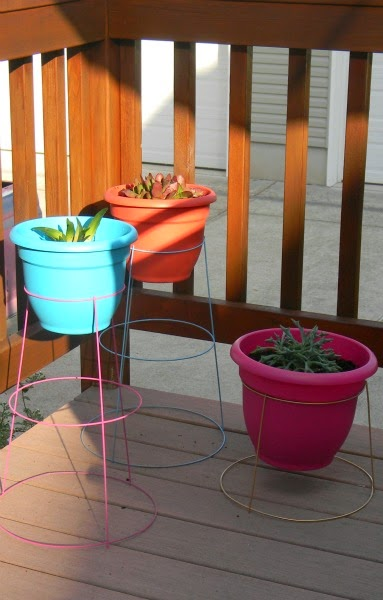Diy Tomato Cage Plant Stands Living La Vida Holoka