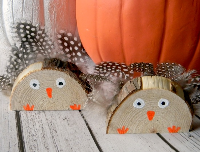 DIY Wood Slice Thanksgiving Turkey