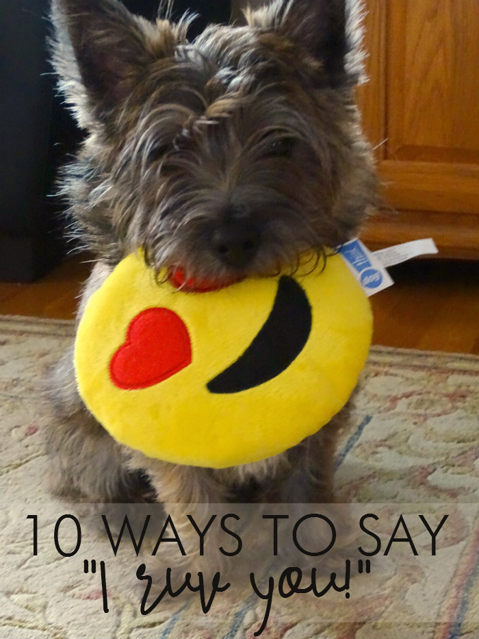 "10 Ways to Say ""I Ruv You!"""