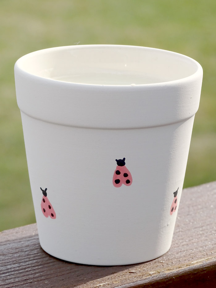 DIY Ladybug Ceramic Pot Candle