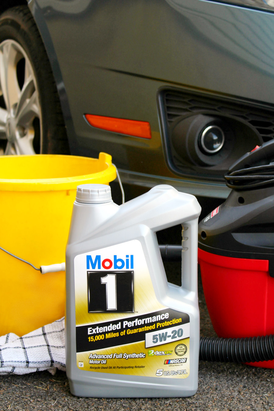 5 Easy Ways to Spring Clean Your Car - Living La Vida Holoka