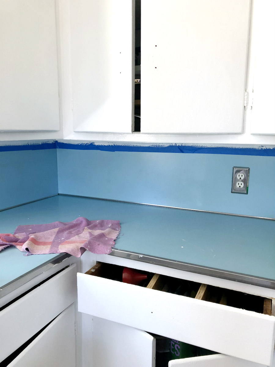 Our Easy Farmhouse Inspired Kitchen Update - Living La Vida Holoka