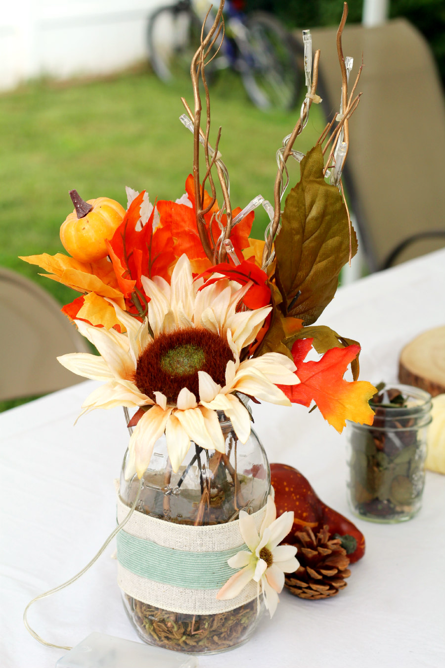 How To Make A Rustic Mason Jar Fall Bouquet Living La Vida Holoka