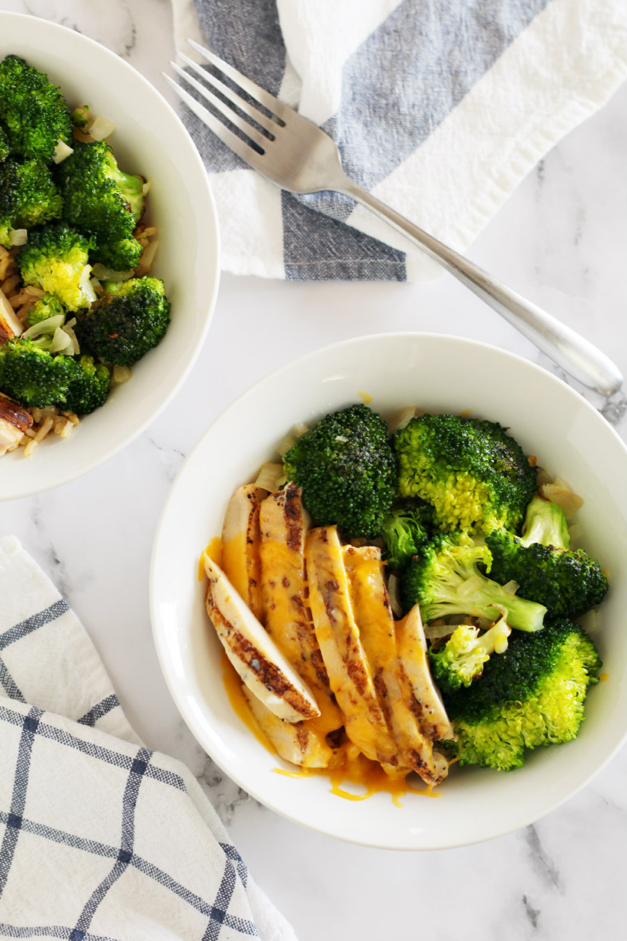 cheesy chicken and broccoli rice bowl