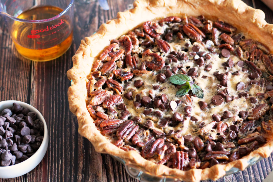 Gooey Chocolate Pecan Pie