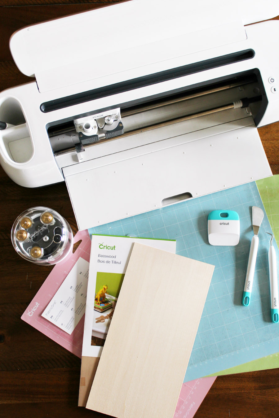 cricut maker with supplies