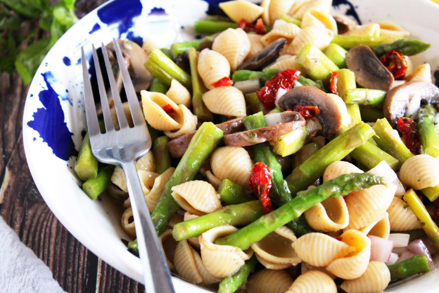 Asparagus Pasta Salad with Lemon Herb Vinaigrette