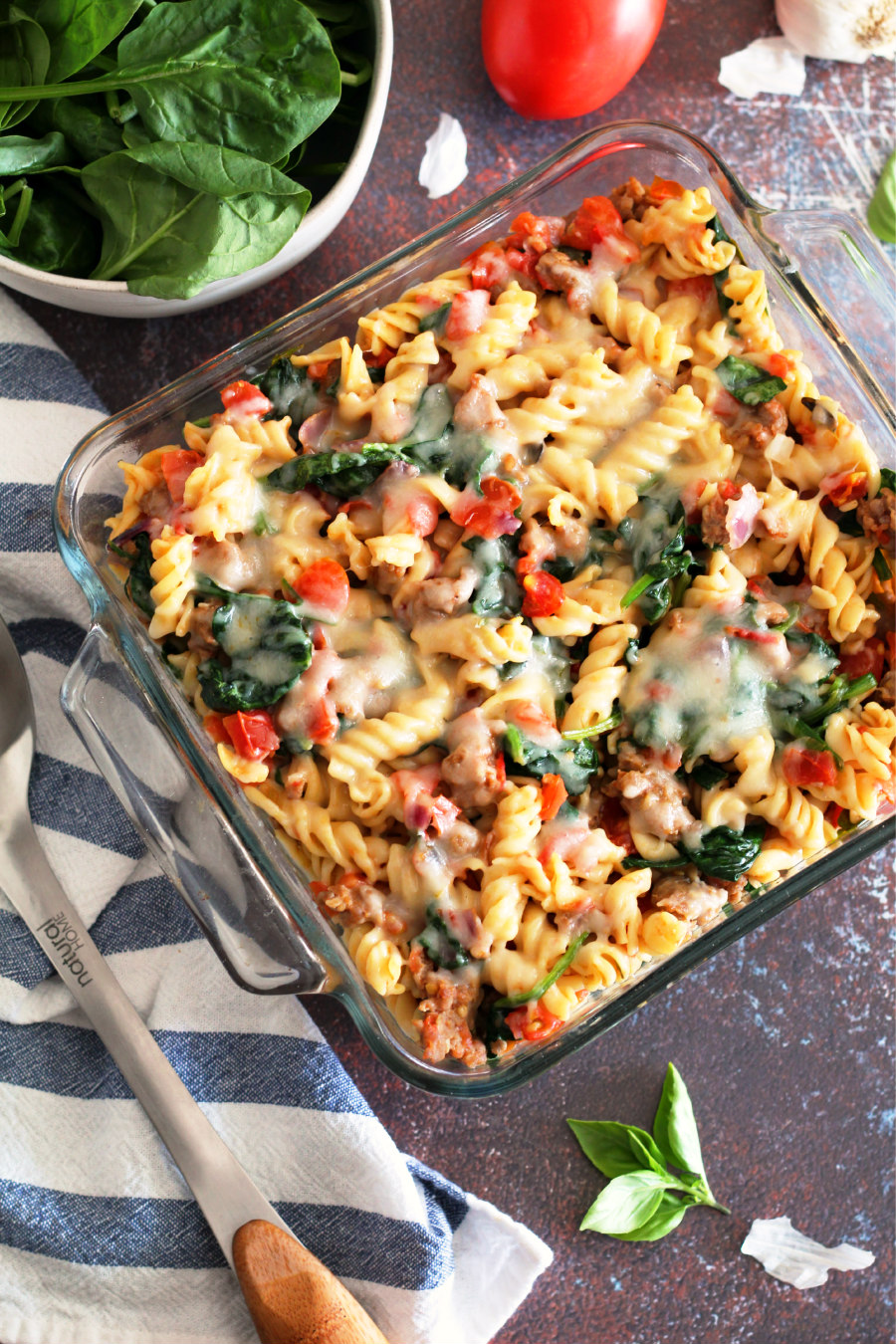sausage spinach and tomato pasta bake